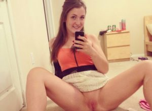 Sexy Girl Naked Selfie