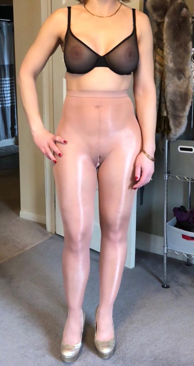Pantyhose Nudes