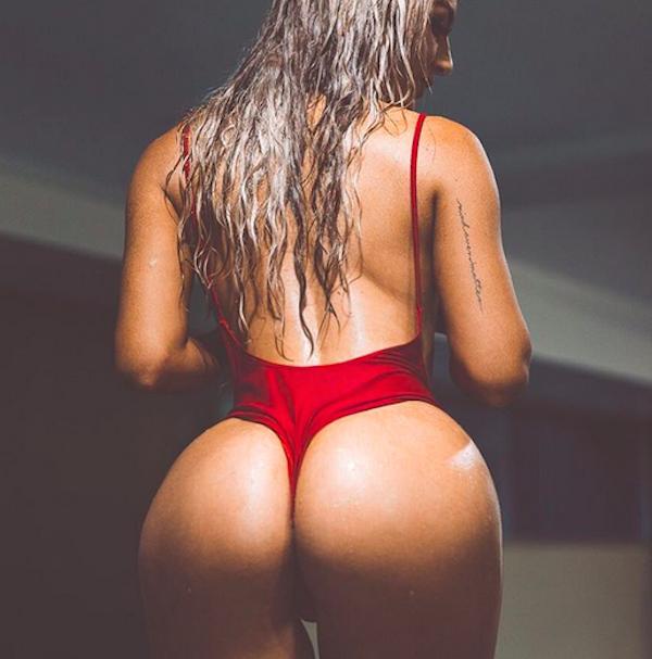 Wet Girl Naked Photo