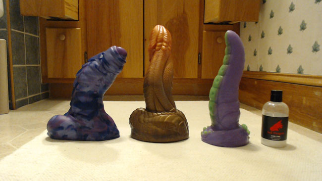 Girls Love Bad Dragon