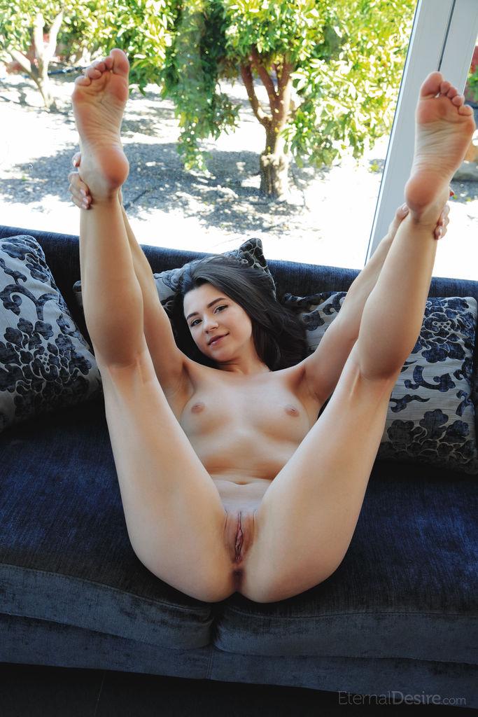 Hayli Sanders Nude Masturbating Photo