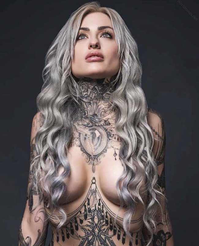 Hot Tattooed Chick