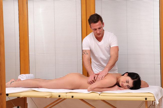 Hot Babe Lucy Li Full Body Massage And Fucking