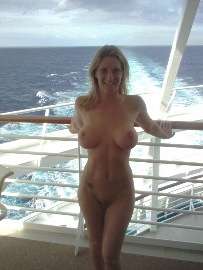 Sexy Nude Girl On The Boat