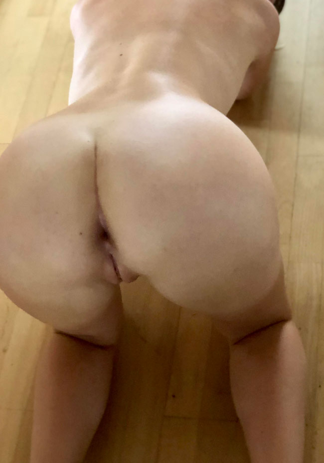 Sexy Chick Face Down Ass Up