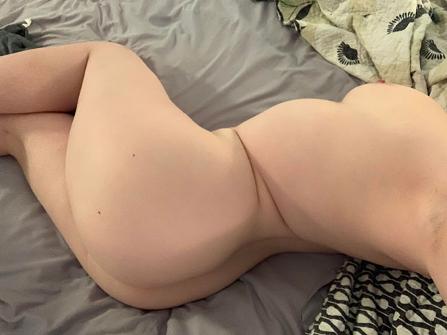Sexy Naked Chubby Babe