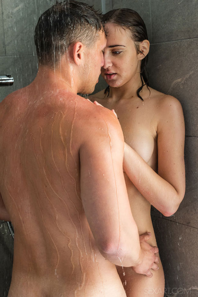 Good Morning Sex In Shower With Oxana Chic