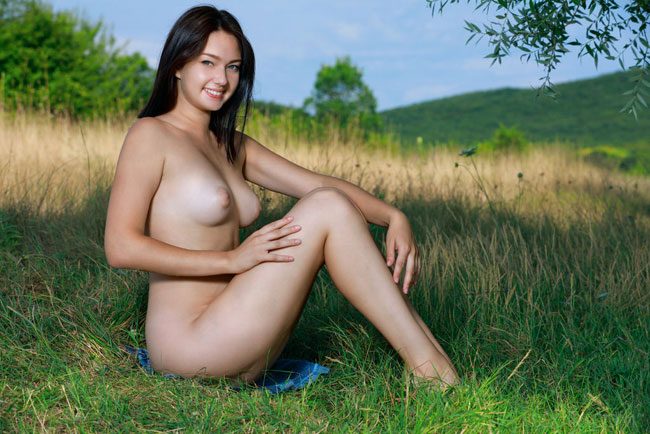 Love In Nature Nude Rebekka