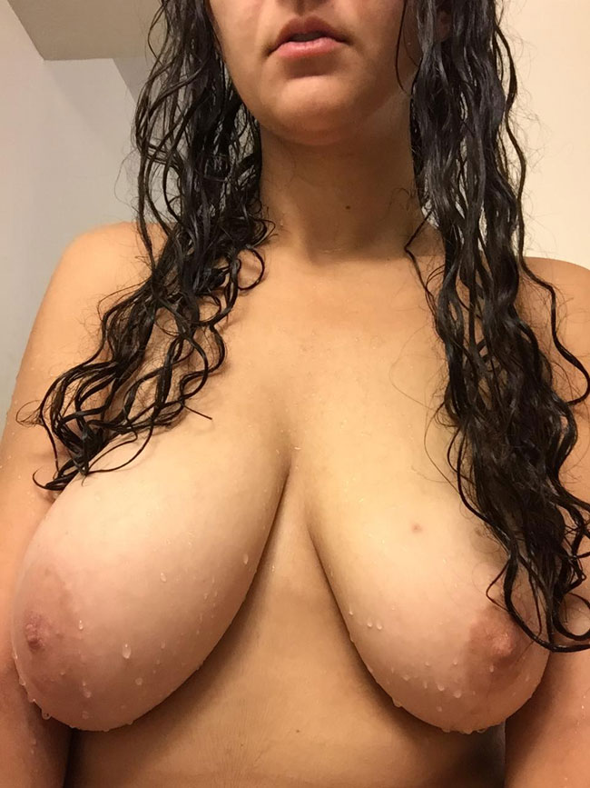 Busty Nudes