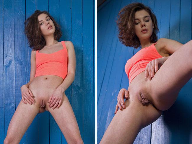Bottomless Vixens