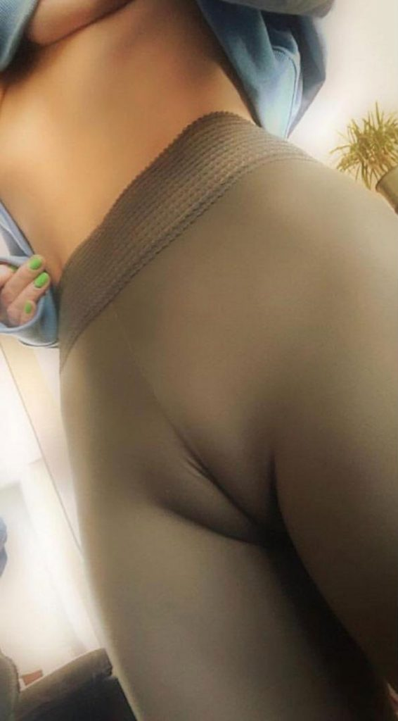 Camel Toe Sexy Erotic Picture