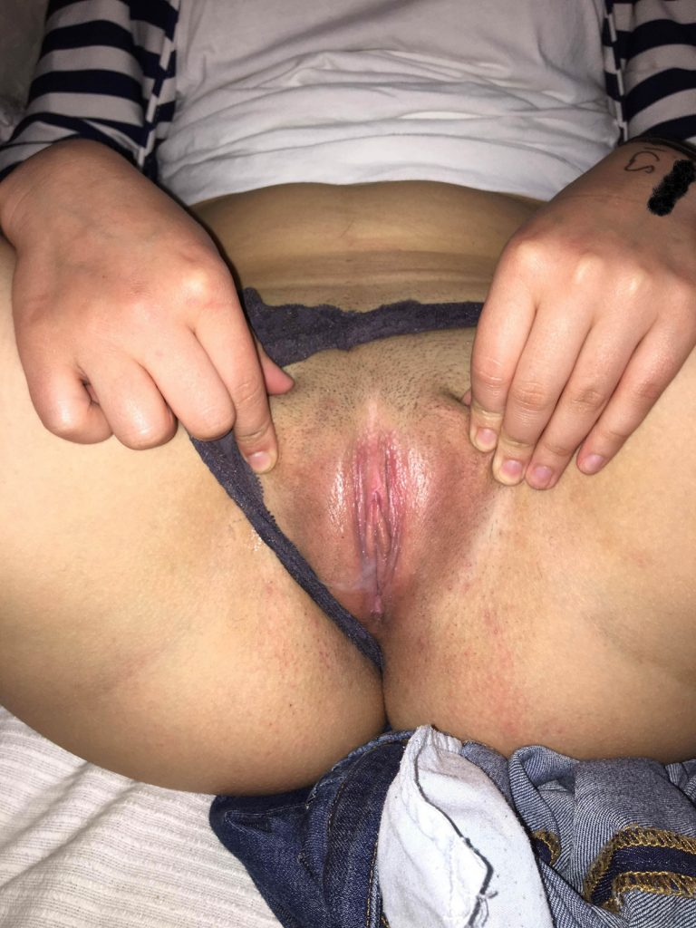 Girl Pussy Porn Picture