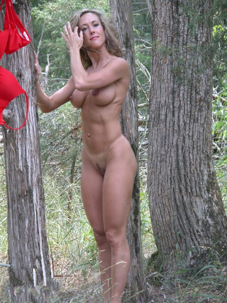 Fit And Naked Girl