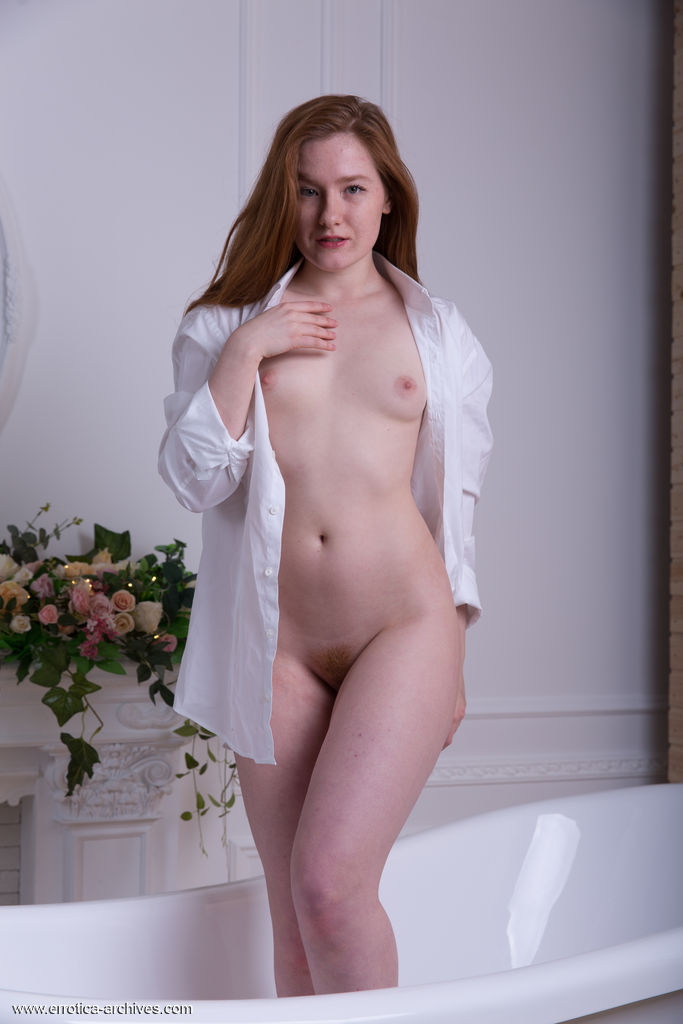 Anika B On Bathtub Naked
