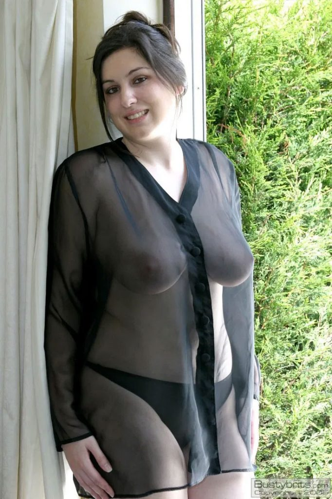 Girl In See Thru Cloth Sexy Picture