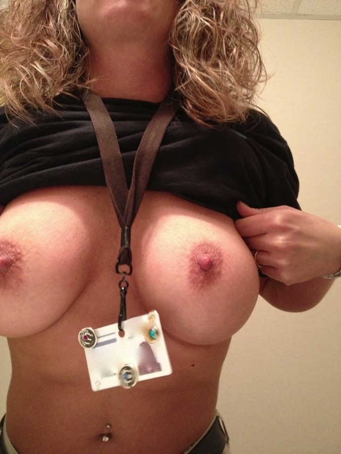 Nudist Nurse Erotic Nude Picture