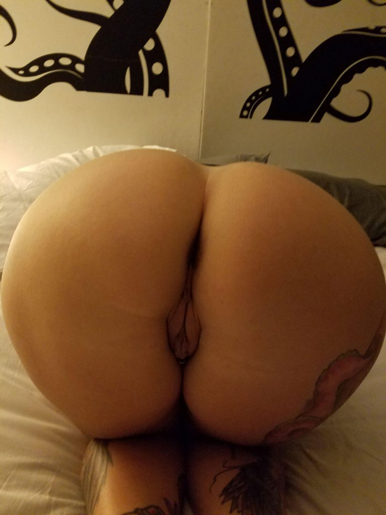 PAWG Sexy Picture