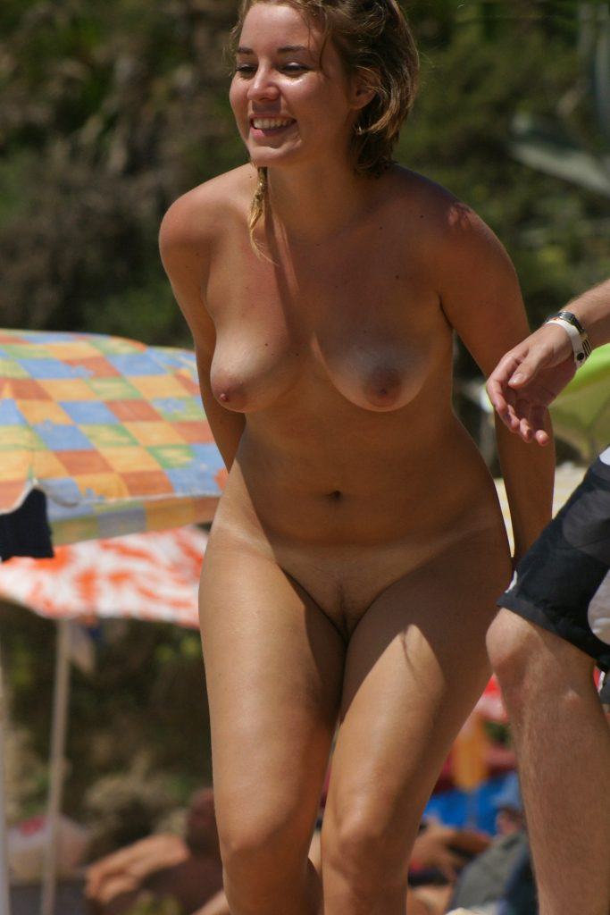 Sexy Babe With Tan Lines