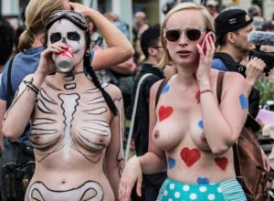 Body Painted Nudist Girls