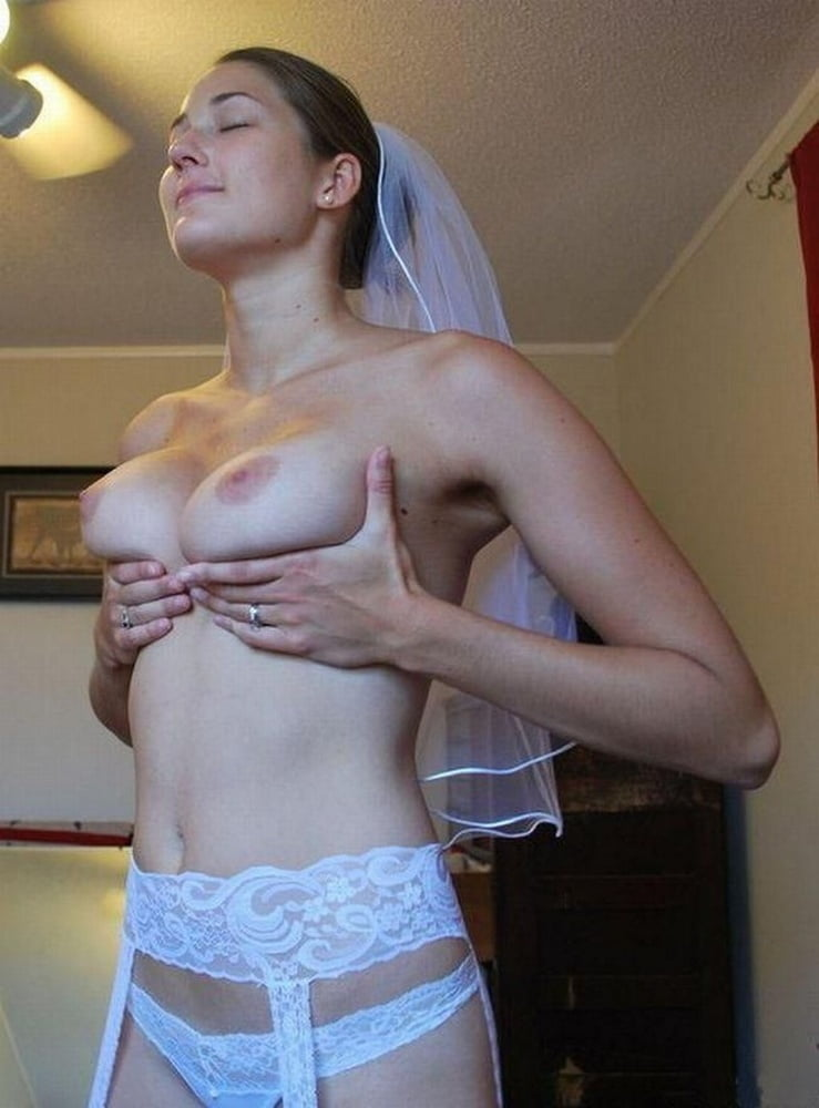 Sexy Naughty Nudist Bride
