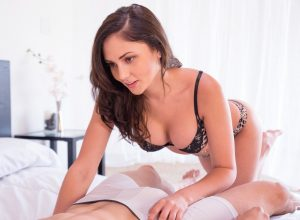 Thick and Creamy Babe Ariana Marie Gets Pounded