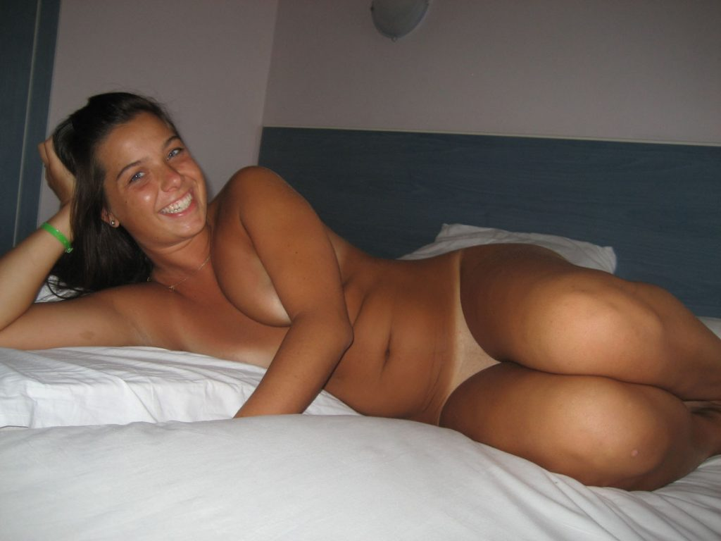 Cute Nudist Girl