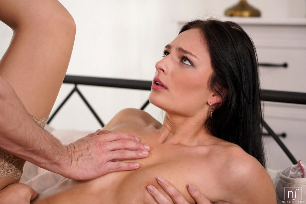 Leanne Lace Porn Pic