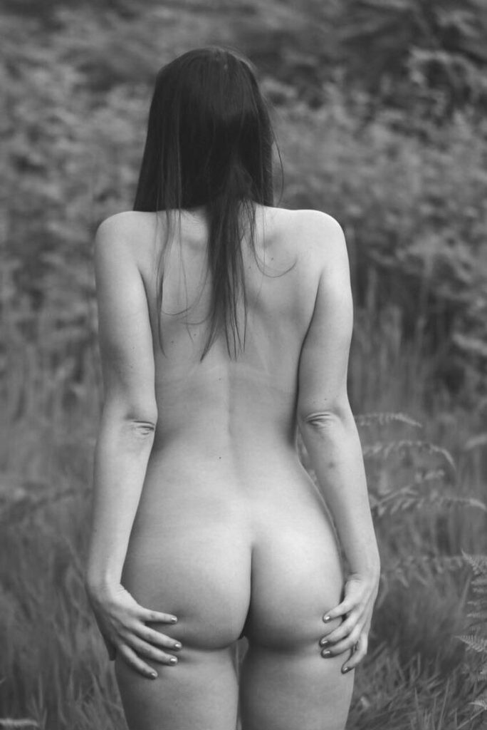 Nude Girl Not Safe For Nature