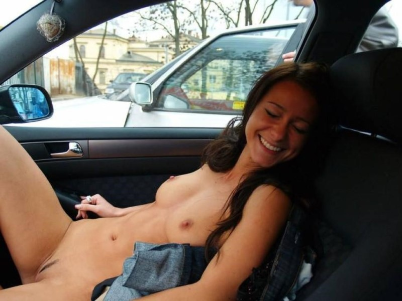 Nudist Girl In Car Flashing