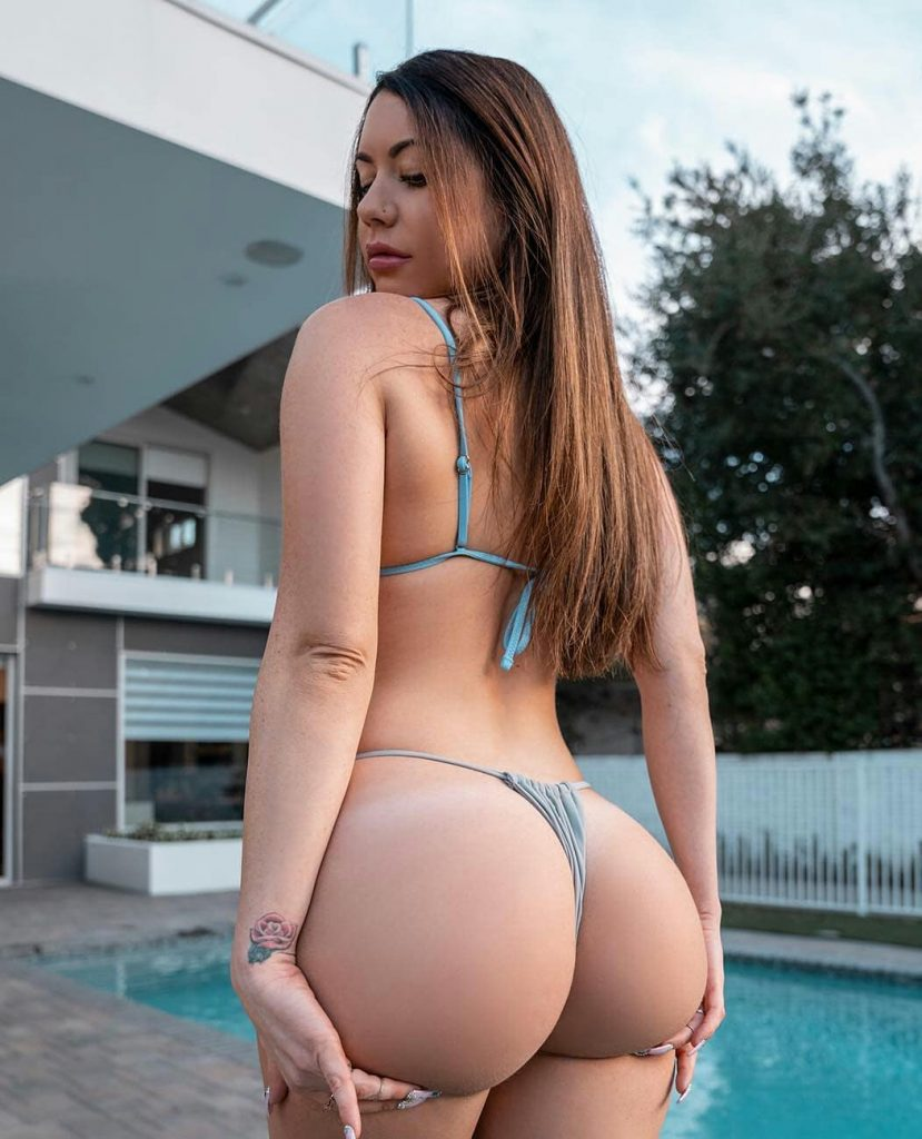 PAWG Nude