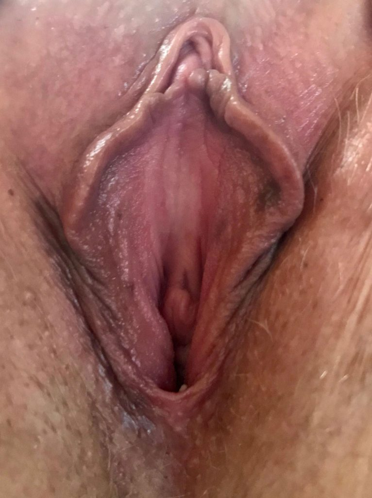 Horny Pussy Pic