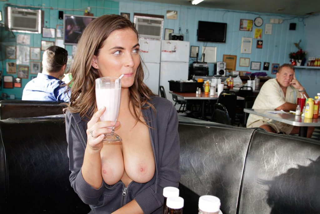 Public Flashing Shameless Chick