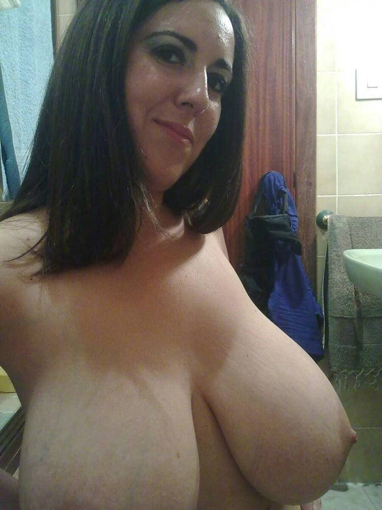 Real Mom Nude Photo