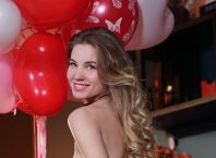 Lola Krit Love Balloons Nude Erotic