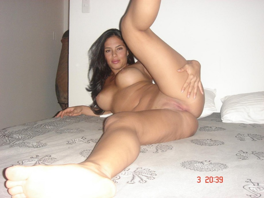 Latina Hot Nude