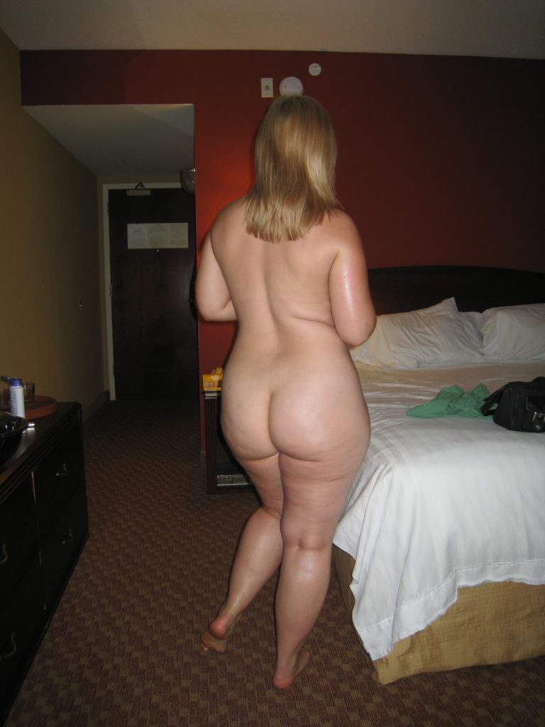 PAWG Nude Picture