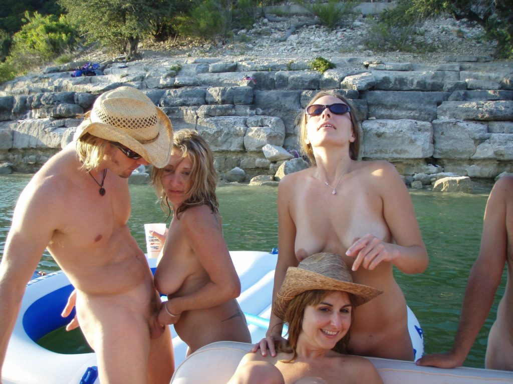Vacation Nudes xxx picture