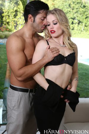 Hot MILF with red lips Ash Hollywood licks a big dick before and after fucking