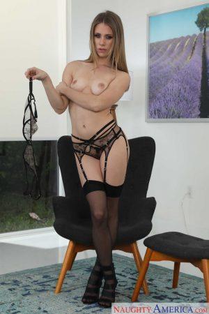 Slender starlet Anya Olsen doffs her bra to reveal her boobs wearing lingerie