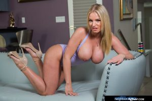 Curvaceous wife Rachael Cavalli gets naked and plays with her clit