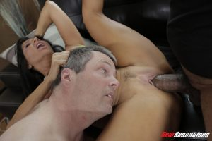 Big boobed chick Tara Holiday gets banged and creampied by a BBC afore cuckold