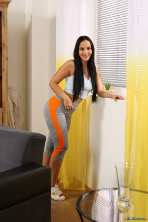 Skinny babe with a huge ass Jennifer Mendes pees her tights & fingers herself