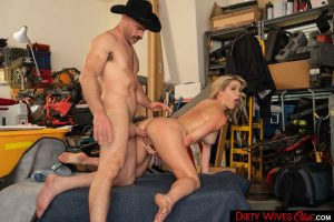 Hot assed wife Kit Mercer peels to give head & bang the neighbor in the garage