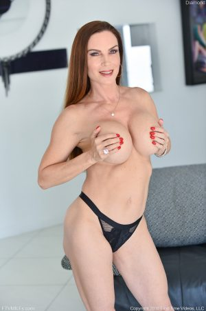 Alluring MILF in black lingerie Diamond showing off her juicy tits & tight ass