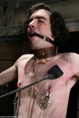 Tough & kinky Knox, Lexi Bardot whips her bound spread slave boy with a crop