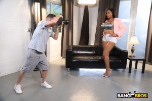 American ebony with huge bubble ass Moriah Mills gets rammed by a white dong