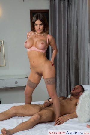 Hot wife Krissy Lynn gives a fantastic titjob before getting her pussy stuffed