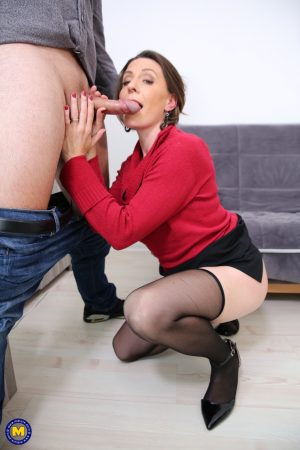 Mature lady Anya swallowing a nice cock and getting fucked from behind