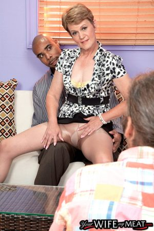 Aged lady Marla Jones bangs a black bull while her ED challenged hubby watches