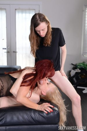 Horny grannies Nina Hartley and Sexy Vanessa suck a long haired guy's cock